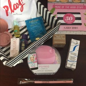 Foreo Luna fofo w/ July Sephora Play box + extras